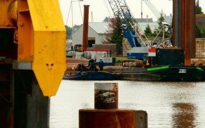 Crane work on deck barges