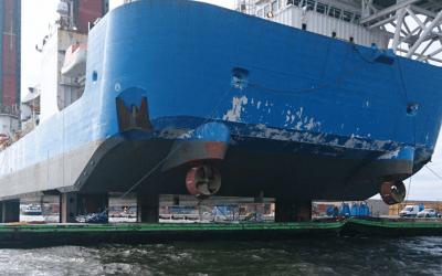 Reparatiewerkzaamheden zeeschip